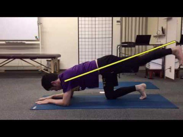 股関節の動きを引き出すヒップローテ